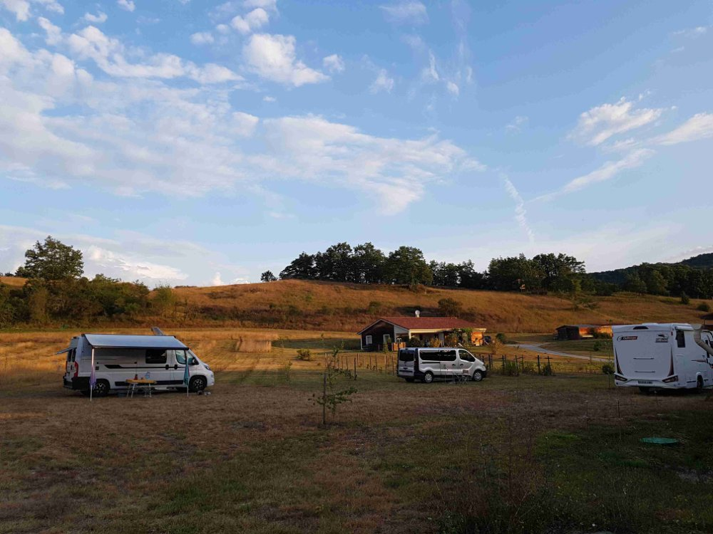 Aire camping-car à Dun (09600) - Photo 4